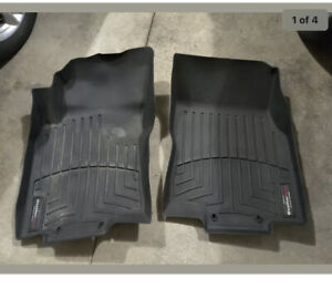 WeatherTech Floor Mats FloorLiner for Nissan Rogue 2014-2019 1st Row Black