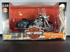 NIB MAISTO HARLEY DAVIDSON FLHR ROAD KING DIE CAST 1:18 MOTOR CYCLE