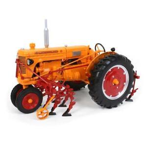 1/16 Minneapolis Moline U Gas w/ 2 Row Cultivator 2022 PA Farm Show Cust-9215