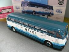 1/50 CORGI YELLOW COACH 743 Waves bus Chicago USA 98473