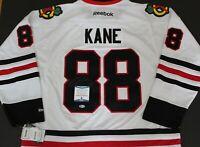 Patrick Kane Signed Chicago Blackhawks XXL Hockey Jersey w/Beckett COA S27640
