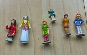 Selection of  Mini  Doll Figures similar to Polly Pocket Scoobie Doo  Fairy
