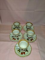 MIKASA STRAWBERRY FESTIVAL STONEWARE SET OF 5 CUPS AND SAUCERS