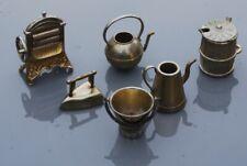 6 metal model miniature kitchen items, buckets, iron, mangle jug (4cm high)