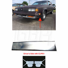 81-88 Cutlass Lower Fender Chrome Molding Trim (FRONT of Tire) LEFT with CLIPS