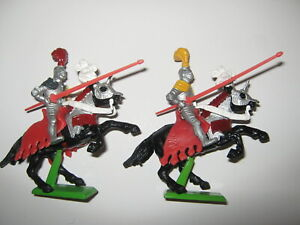 Britains Deetail silver jousting knights mounted 2 in 1 pose mint unboxed.