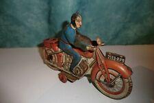SFA PARIS. moto moteur mécanique avec clé.