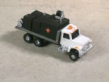 N Scale 1980 Construction Fuel & Lube Truck