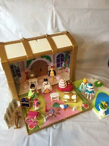 Playmobil 4249 Princess Take Along Carry Case, Figures & Accessories