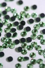 DMC  Rhinestones 2880 pcs     6ss Peridot Hotfix Iron-on