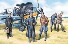 ICM 1/48 German Luftwaffe Pilots and Ground Personnel Ww2 Kit 48082