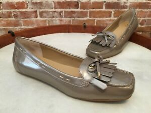 Isaac Mizrahi Bailey Gold Patent Kilt Bow Moccasin Loafer New