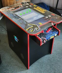 SPACE INVADERS Table. Pacman, Galaxian, Donkey Kong, Space Invader and more ....