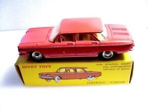 """DINKY TOYS - CHEVROLET """"CORVAIR"""" ROUGE ORIGINALE  - REF 552"""