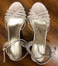 Girls White Sandals Cherokee Size 5