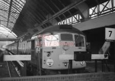 PHOTO  TYPE 2 DIESEL AT THE BUFFER STOPS OF GLASGOW (QUEEN STREET) STATION WITH
