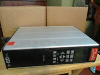 DANFOSS VFD VARIABLE FREQUENCY DRIVE VLT 5000 VLT5002PT5B20STR3DLF30A00C0