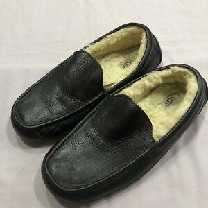 Ugg Black Leather Mocassin Sheep Skin Lined Slippers Mens Size 13