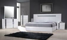 J&M Palermo Contemporary Queen Bedroom Set in White Lacquer, 5-Piece