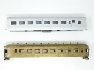 HO Scale Brass LOT of 2 Passenger Car Shells Painted, Unpainted