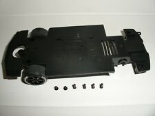 Scalextric - W9214 Nissan Skyline Underpan Chassis & Front Wheels - NEW