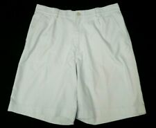 Under Armour Performance Shorts Mens Size 32 R Ivory Off-white Pleated Front