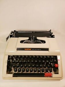 Brother Deluxe 750tr Typewriter Ultra Portable