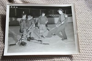 1960's Eddie Shore hockey 7x9 ORIGINAL press photo - teaching kids to play