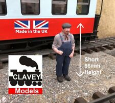 More details for 16mm short driver bob hand painted garden railway people 1:19 figure free p&p