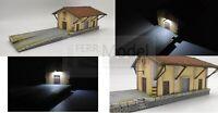 FERRMODEL 241 - Magazzino merci FS Scala H0 1:87, con rampa e illuminazione