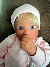"Lee Middleton ""First Born Awake Girl"" 1996 19"" #081595 Ex. Cond."