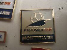 RARE OLD 1998 FRANCE FOOTBALL WORLD CUP MONTPELIER SMALL METAL PRESS PIN BADGE