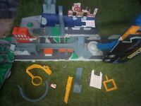Micro Machines lorry, truck, fold out playset - Hasbro 2001