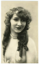 Photo curiosa 1930 - femme maquillage et sein discret- mode art deco woman