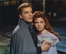 Yvonne Monlaur and David Peel UNSIGNED photo - H7832 - The Brides of Dracula