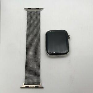 Apple Watch Series 6 Silver Cellular Steel 44mm w/ Silver Milanese Loop 9/10