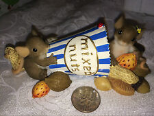 "Charming Tails ""I'M Nuts About You"" Dean Griff Mixed Nuts"