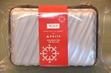 """Tumi Delta Airlines Firstclass Amenity Kit """"Christmas Edition 2018""""Perlmutt Neu!"""