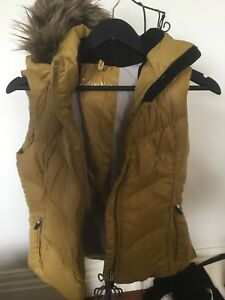 Calvin Klein Performance Size XS mustard Vest With Hood Brand New With Tags