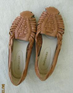 Softspots  Tan Huarache Sandals Closed Heel Size 7.5 M