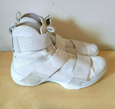 Nike LEBRON Soldier 10 SFG LUX Men's Size 10 (LIGHT BONE) 911306-001