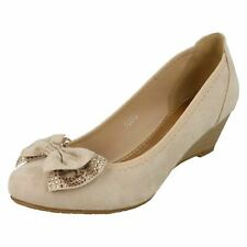 Ladies Anne Michelle Mid Wedge Court Shoes F9983 Nude (ivory) UK 5 Standard