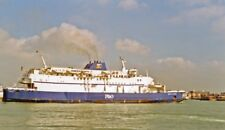 PHOTO  P&O FERRIES PRIDE OF LE HAVRE LEAVING PORTSMOUTH FOR LE HAVRE 1993