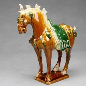 """Tang-Pferd """"Parade"""" chinesische Pferdeskulptur Keramik Pferdefigur China Deko"""