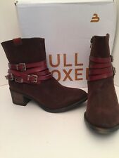 Bull Boxer Triumph Brow Low Heel Boots Size 7M *NEW