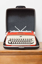 1959 Smith Corona Galaxie Typewriter in Hunter Red Working with Case