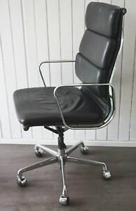 True Vintage Vitra EA 219 Charles Eames Design Alu-Chair Softpad Leder schwarz