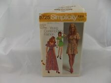 Vintage Simplicity Misses'-Junior Dress Two Lengths Pattern No 9725 - Size 11-12
