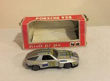 Porsche 928 1/25 scale model by Polistil