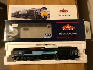 Bachmann Class 66412 DRS Livery. DCC Fitted. Mint Condition.
